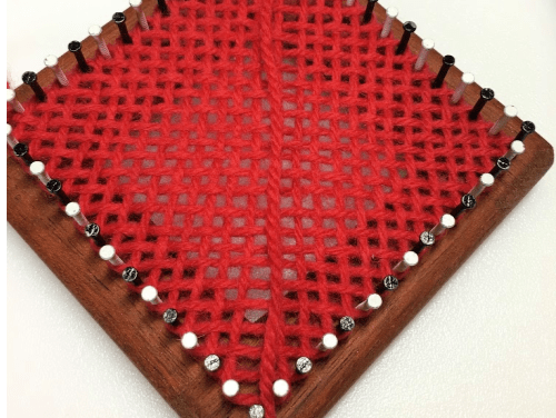 Diagonal Weaving on a Square Loom