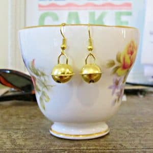 Saturday Greetings 112 DIY Earrings